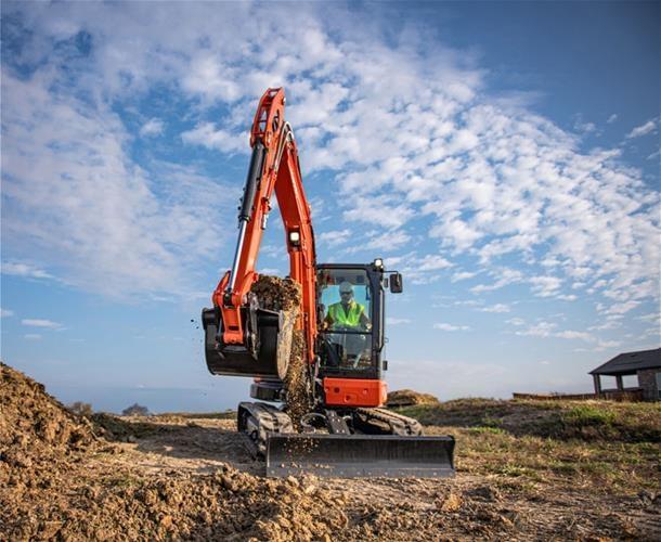 Performance Meets Technology in New Kubota Construction Equipment